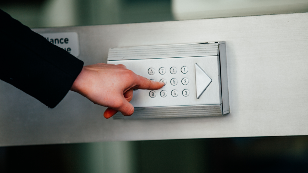 what is a locksmith commercial keypad door