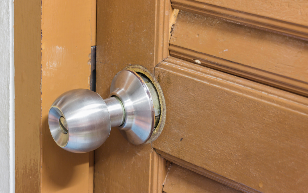 4 Signs You Need to Replace Your Door Locks